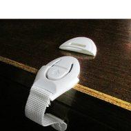 Bezpečnostní zámek na zásuvky bílý